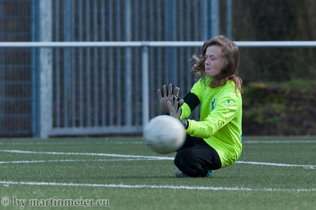 Reichlich zu tun hatte MSV-Keeperin Melina Molnar gegen den Tabellenführer Hamborn 07 II