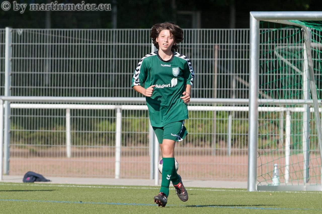 Lange ist´s her - Jülide Mirvan als 13jährige beim MSV Vorgängerverein FCR 01 Duisburg