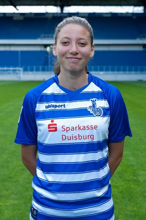 Klappe, die Erste - Jülide Mirvan geht in der neuen Saison in der 2. Bundesliga an den Start