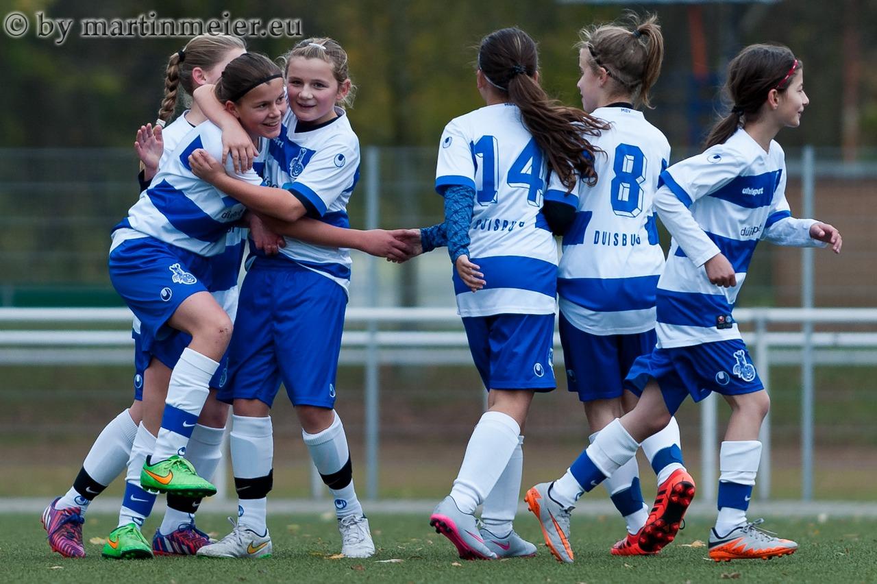 Feuer frei! - die U13 Mädchen des MSV trafen gegen den SV Beeckerwerth aus allen Lagen