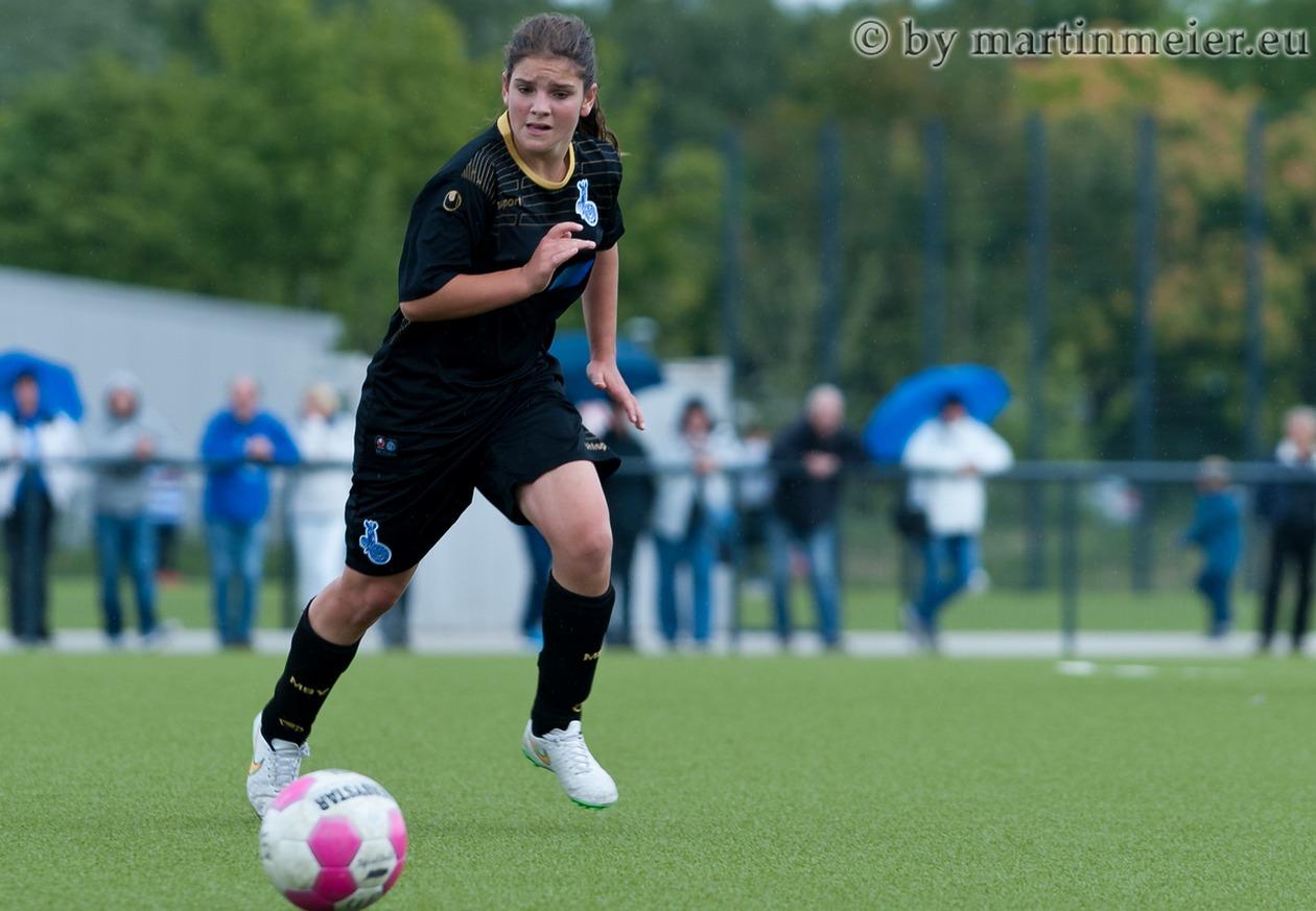 Treffsicher - Sara Jacek(MSV) steuerte vier Tore zum 6:0 Erfolg bei Bergfried Leverkusen bei