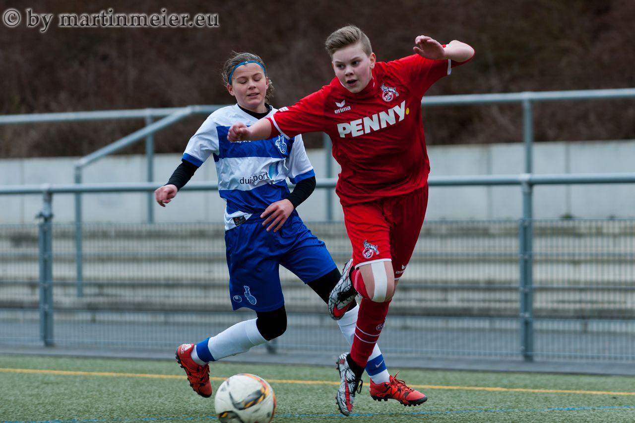 Guter Einstand - in ihrem ersten U15 Auftritt lieferte die 12 jährige Sjirley Huiskens(MSV) eine solide Leistung ab