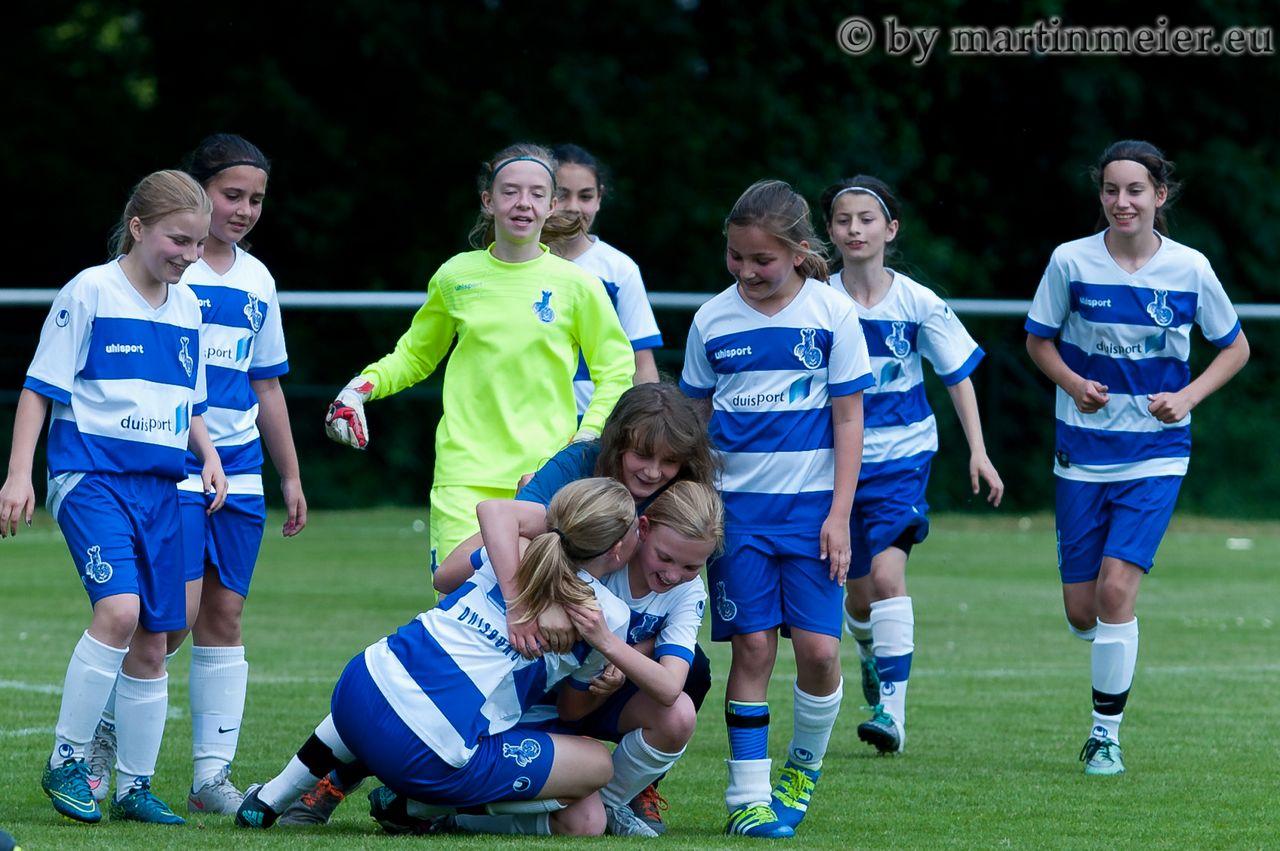 Turniersieg - Die MSV-Mädels konnten ihren Titel beim Allianz Cup 2016 verteidigen