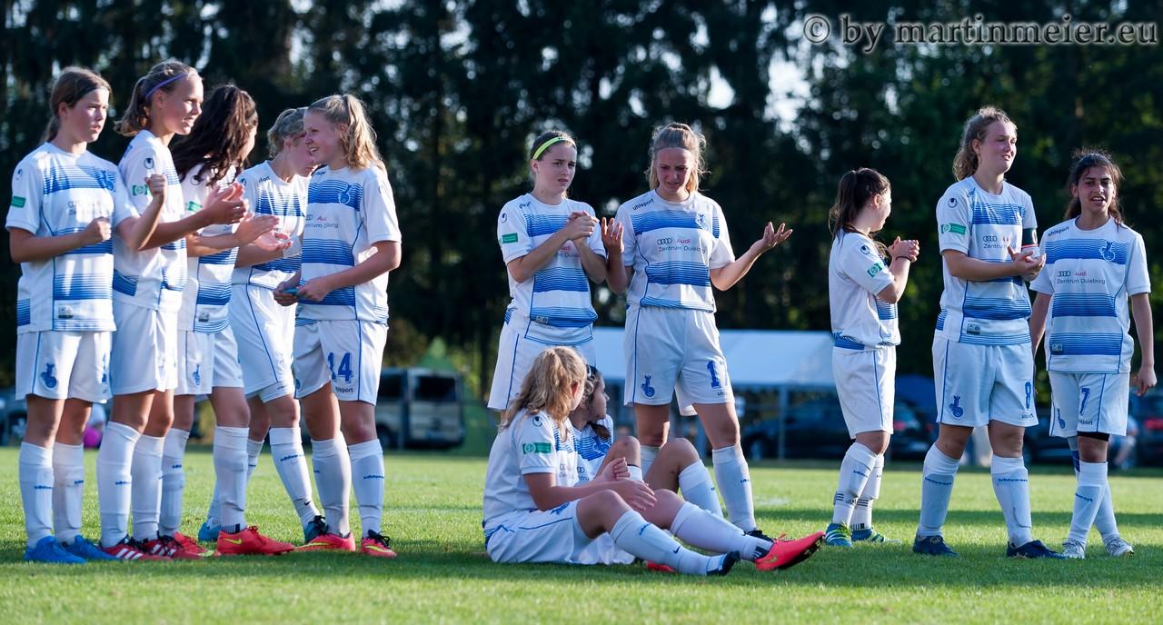 Knappe Kiste - Das Finale um den AOK Cup 2016 musste im Elfmeterschießen entschieden werden