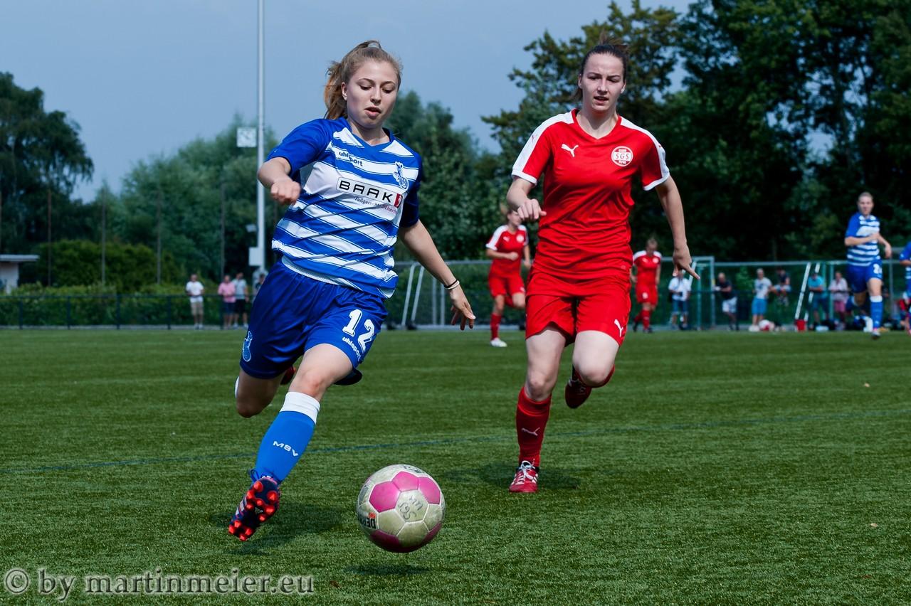 Nicht oft im Einsatz - Duisburg schnelle Außenspielerin Meret Hauser bekam wenig Bälle