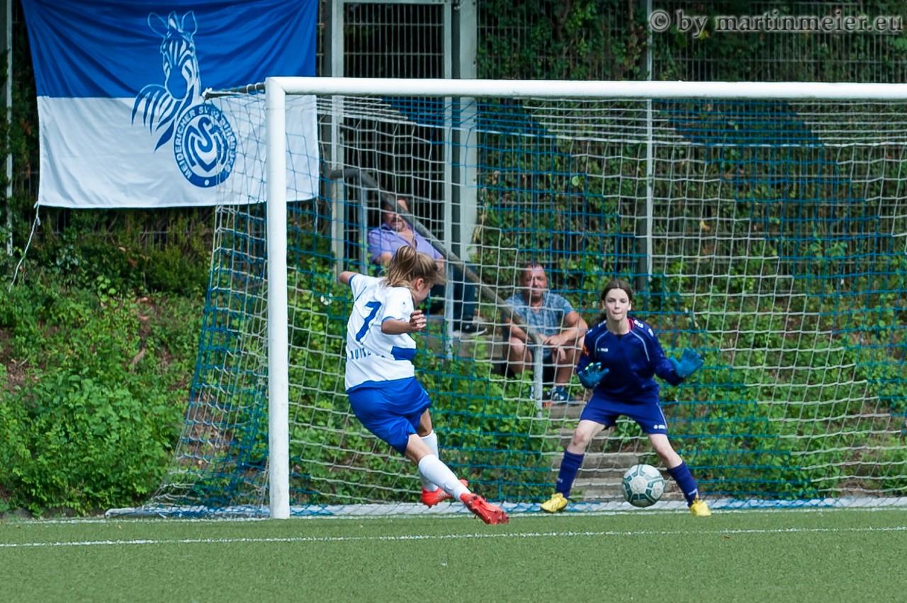 Überfällig - Inga Dombrowski traf zum zwischenzeitlichen 1:1 Ausgleich
