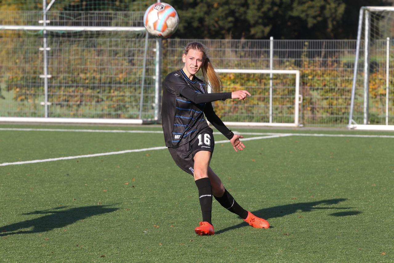 Welcome back II - Auch wieder mit von der Partie war nach ihrer überstandenen Halswirbelverletzung Franziska Göbel