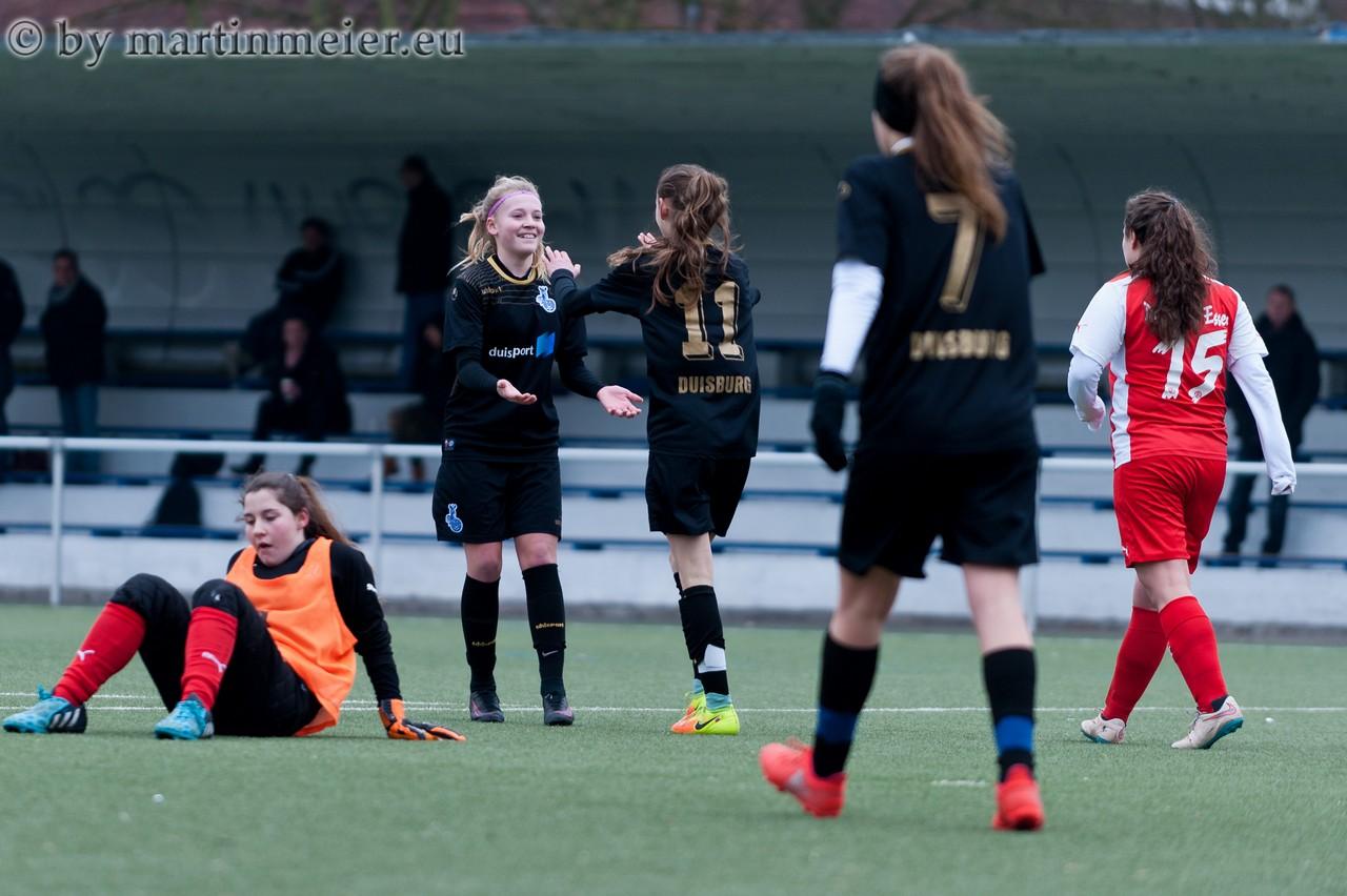 Endlich! - Auf Zuspiel von Tamina Gähler vollstreckte Sabrije Krasniqi zum erlösenden 1:0 für den MSV
