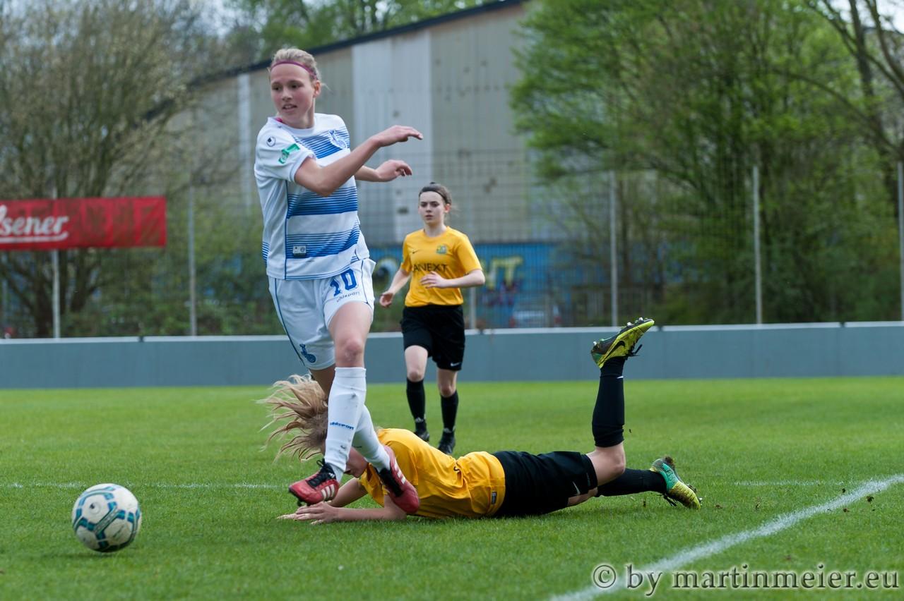 Laufwunder - Maja Hünnemeyer(MSV) war von ihrer gegenspielerin nicht aufzuhalten