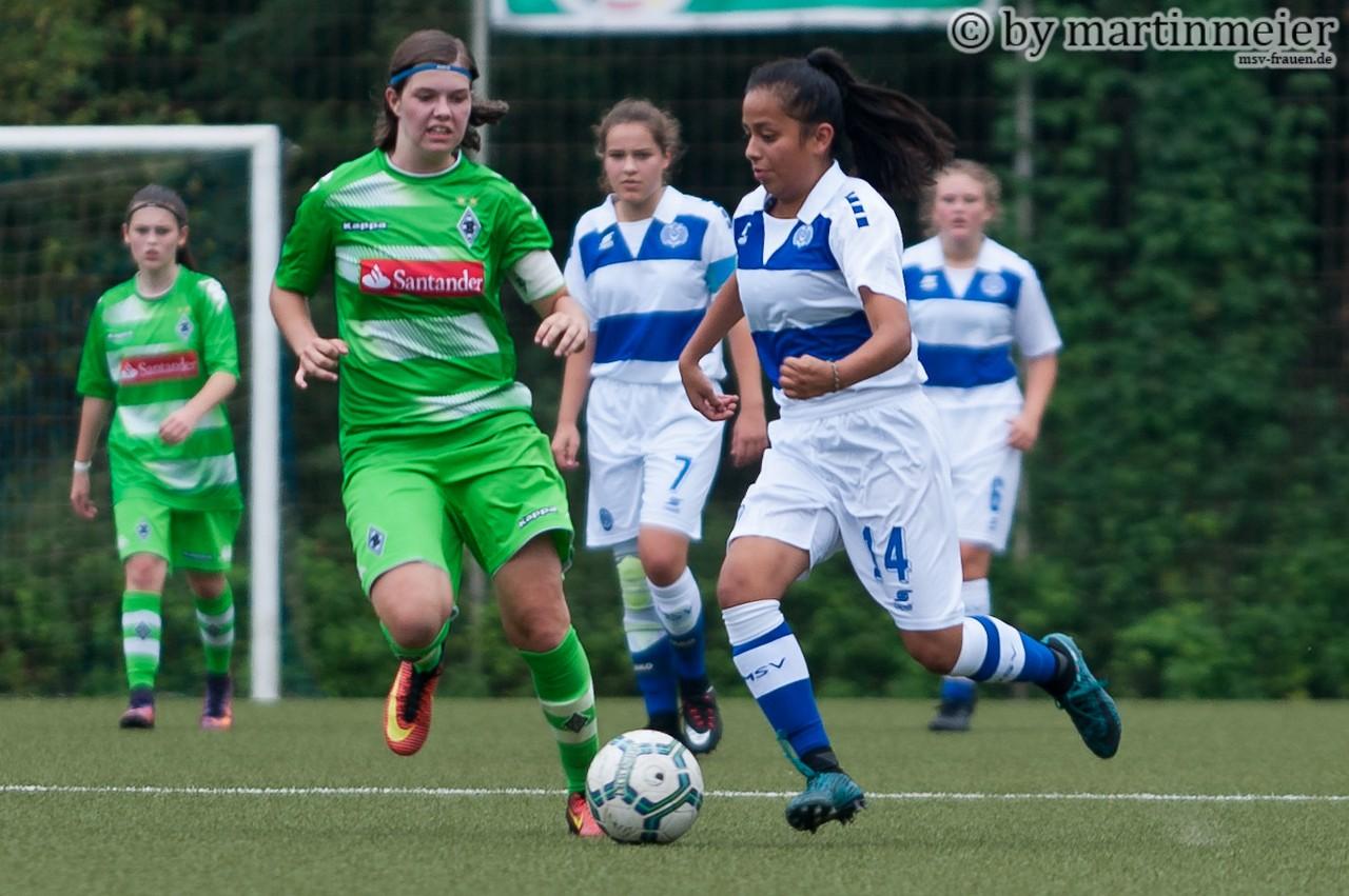 Wiedersehen - Jaquelin Coenen traf auf ihren ehemaligen Klub Mönchengladbach