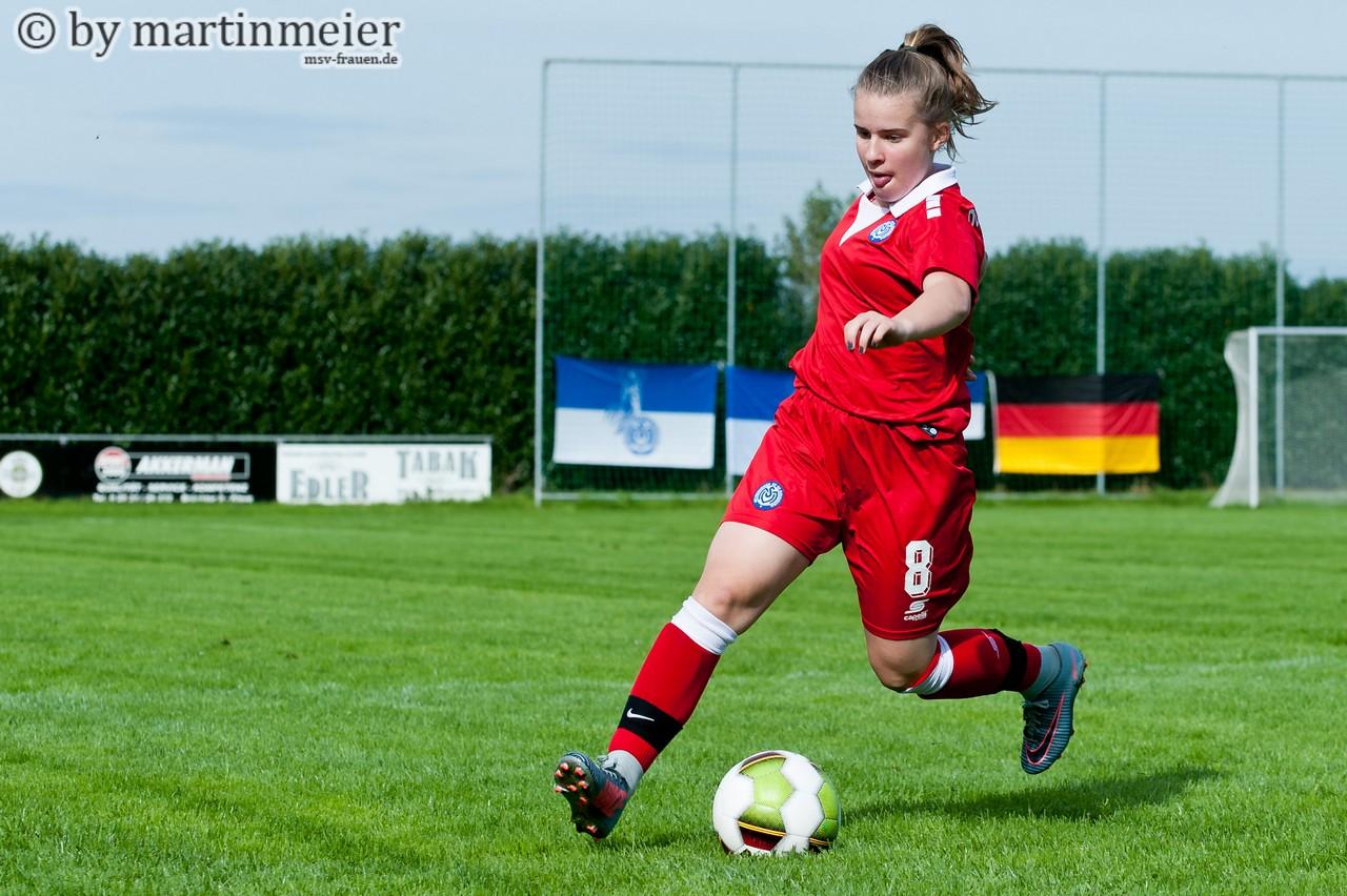 Starker Rückhalt - Frauke Kaplon(MSV) war vom Gegner so gut wie nicht zu kontrollieren