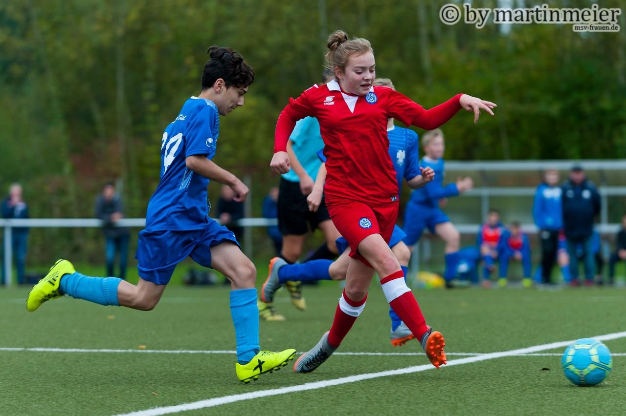 Tonangebent - Die MSV-Mädels hatten gegen die VfL-Jungs die größeren Spielanteile