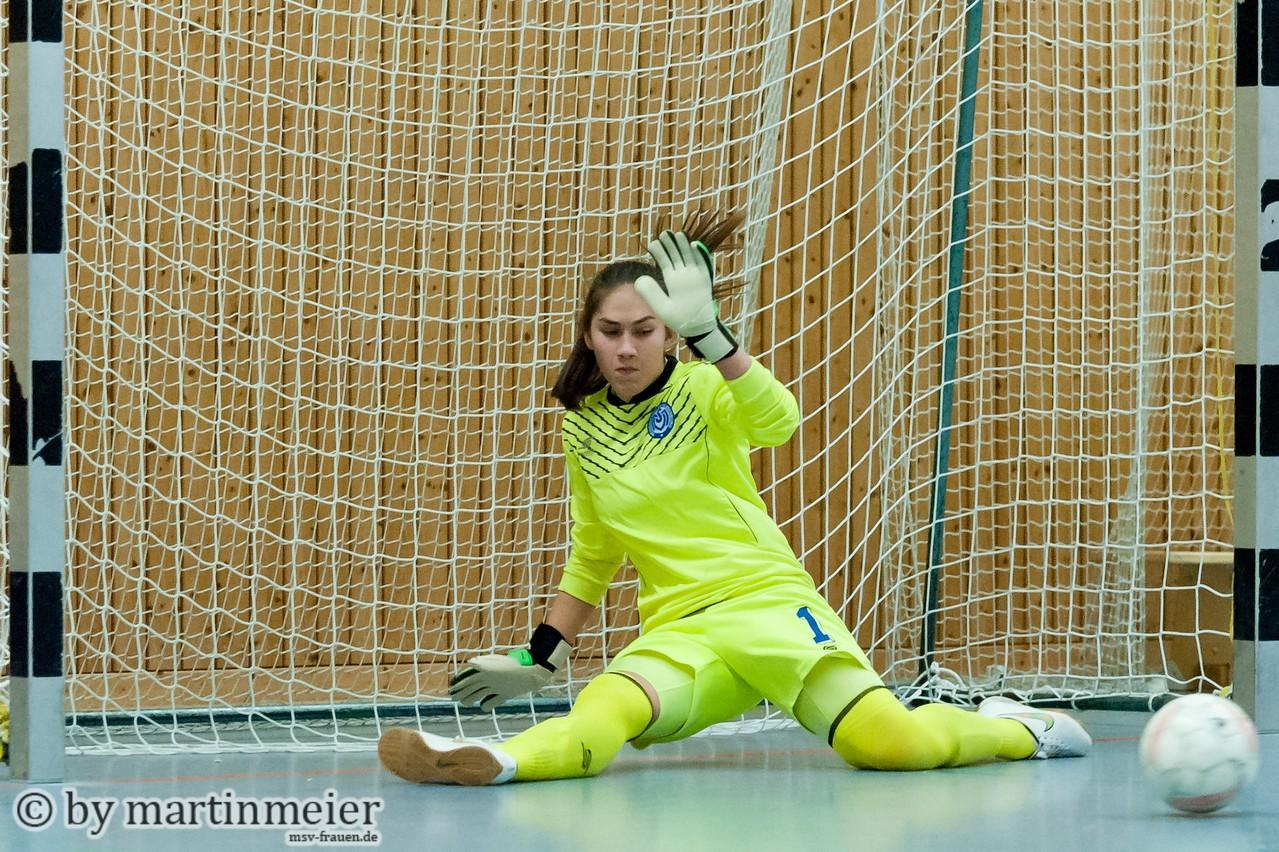Not in my house - Melina Liehr (MSV) parierte gegen den Linner SV alle Siebenmeter