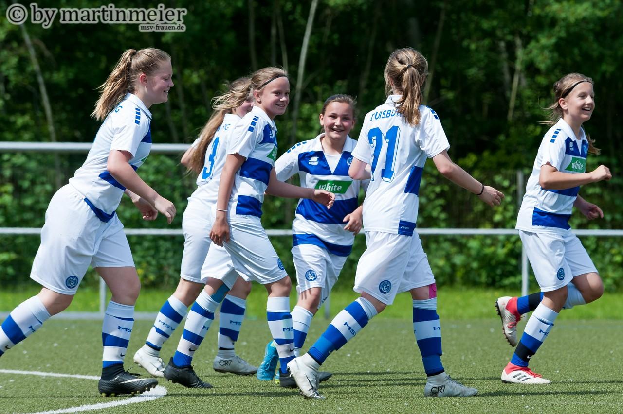 Jubelzebras - Die U13 Mädchen verabschiedeten sich mit einer starken Leistung aus der Meisterschaftssaison