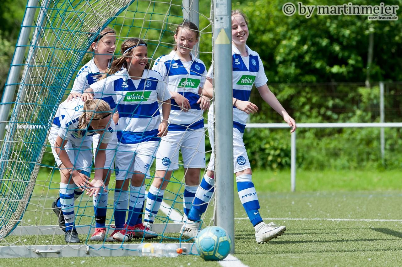 Komm zum MSV - Die Zebras veranstalten einen Sichtungstag für fußballbegeisterte Mädchen