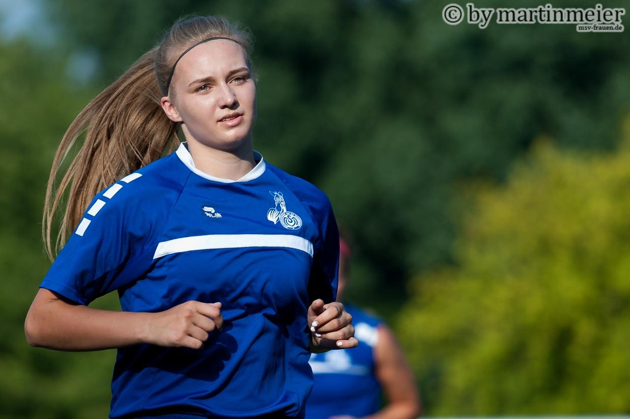 Blick nach vorn - Das 16jährige MSV-Talent (Naomi Gottschling) hat in der Zukunft einiges vor