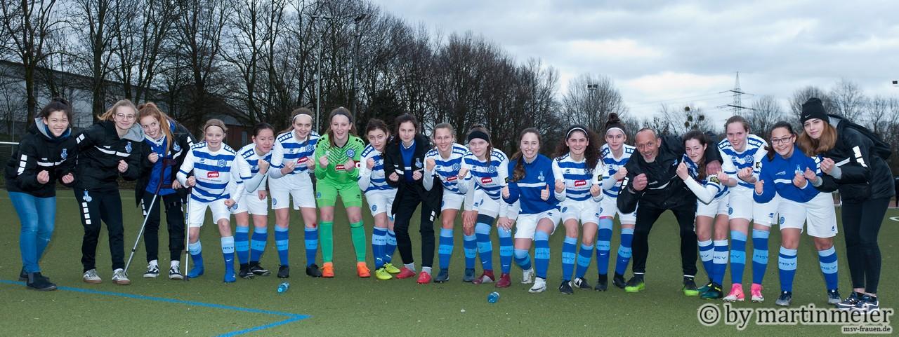 Zusammen zum Ziel - Mit aller Macht wollen die U17-Mädchen des MSV die Liga halten