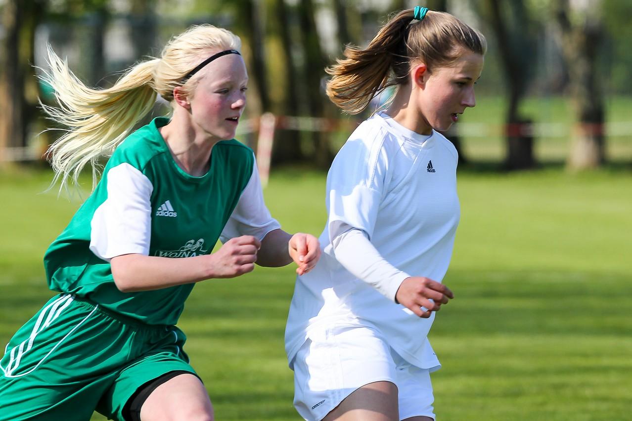 Auftaktsieg - Die FVN-Mädchen um Meret Günster schlugen zum Auftakt des Länderpokals die Rheinland-Auswahl mit 7:2