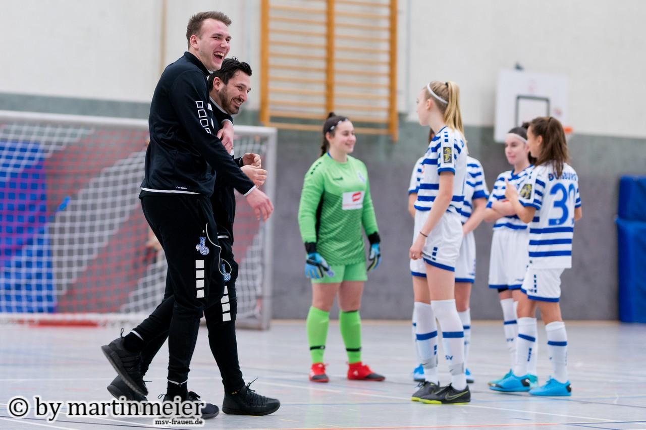 Mit Spaß zum Erfolg - Niklas Seeger und Domink Alimi bleiben zwei weitere jahre beim MSV