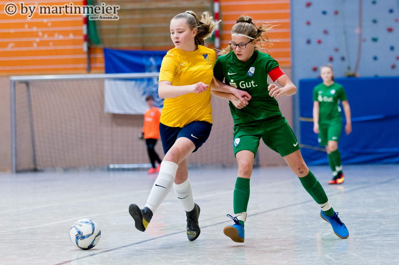 Leidensgenossinnen - die Mädchen des VfL Bochum sollten 2014 dem Rotstift zum Opfer fallen