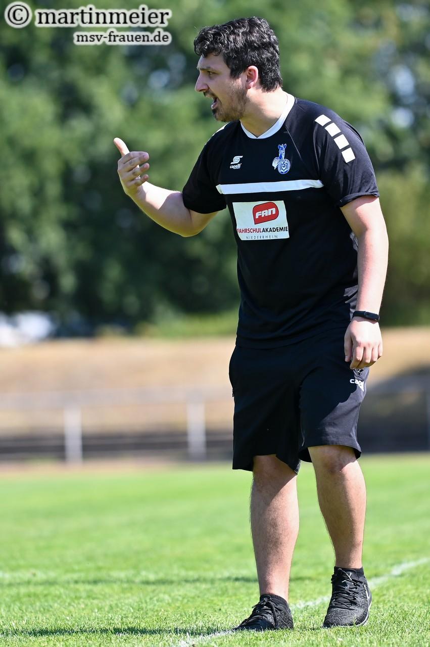 Zufrieden - MSV-Chefcoach Dominic Alimi